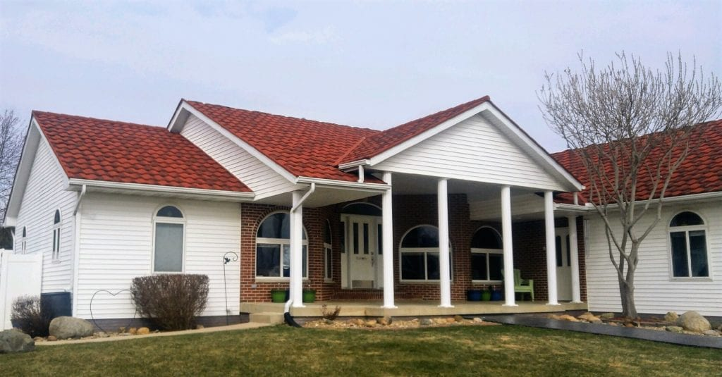 Finished Red Stone Coated Steel Shingle Tri County
